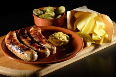 country style pork sausages-min